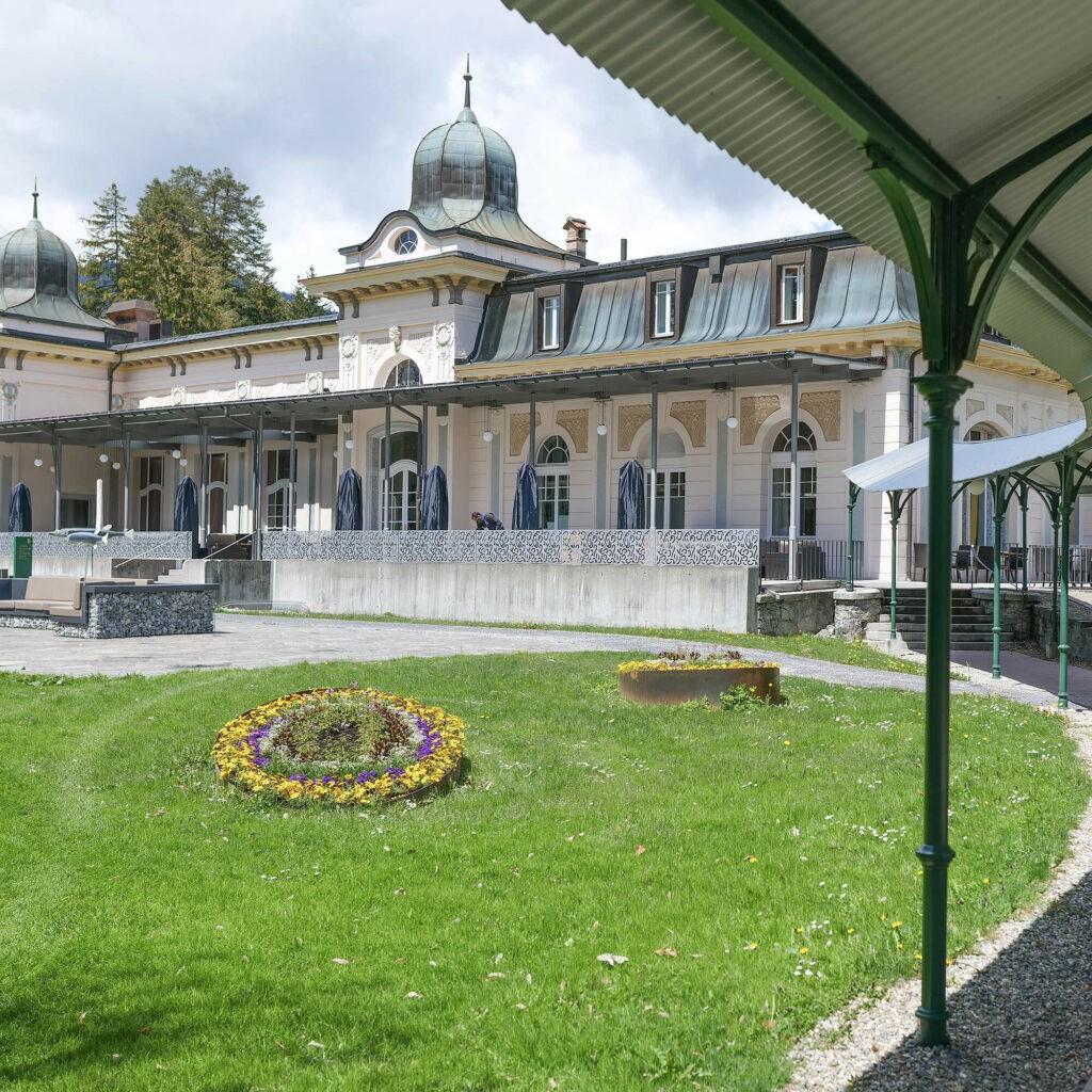 hotels_in_heaven_pavilion_waldhaus_flims