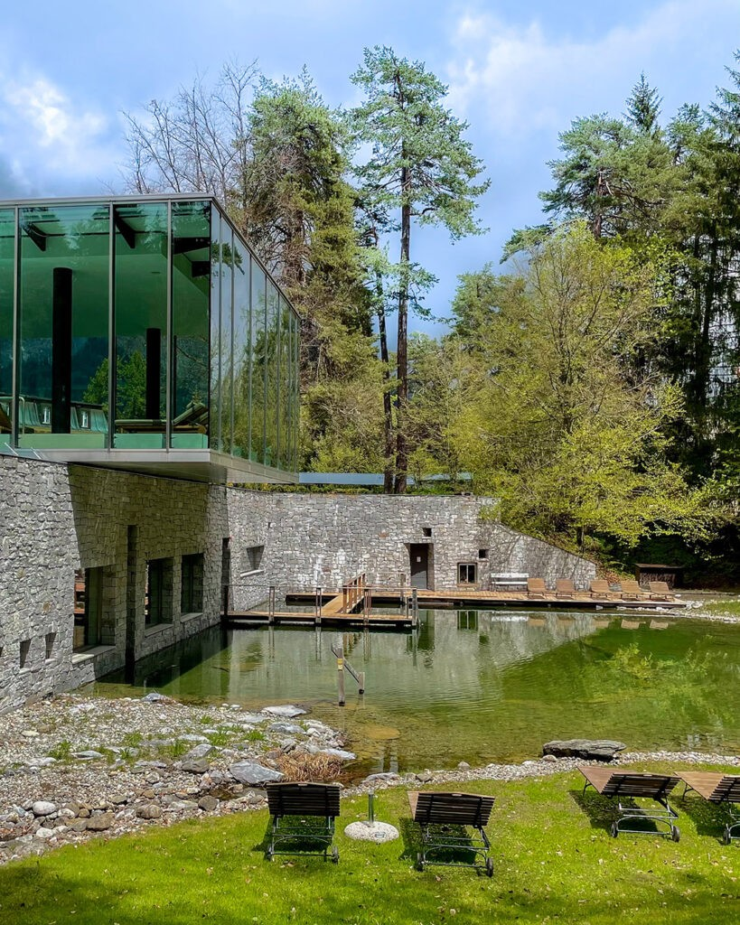 hotels_in_heaven_waldhaus_flims_natural_pond_1