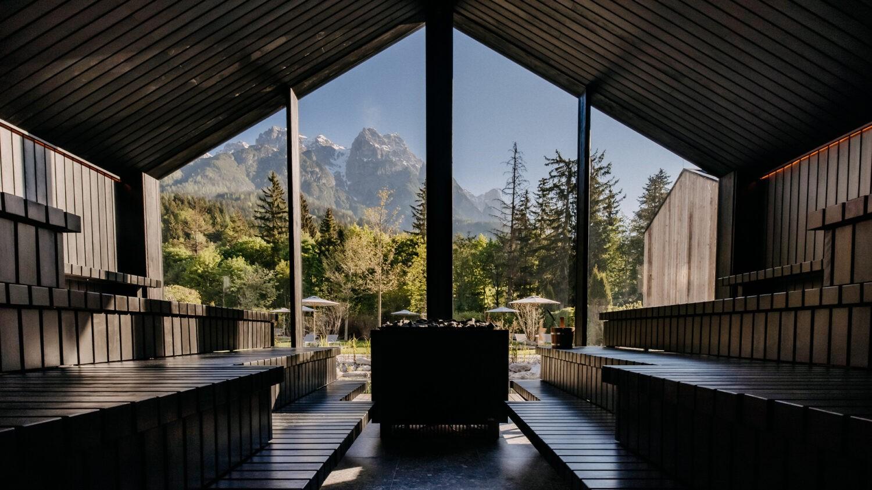 Naturhotel-Forsthofgut_Seesauna_view