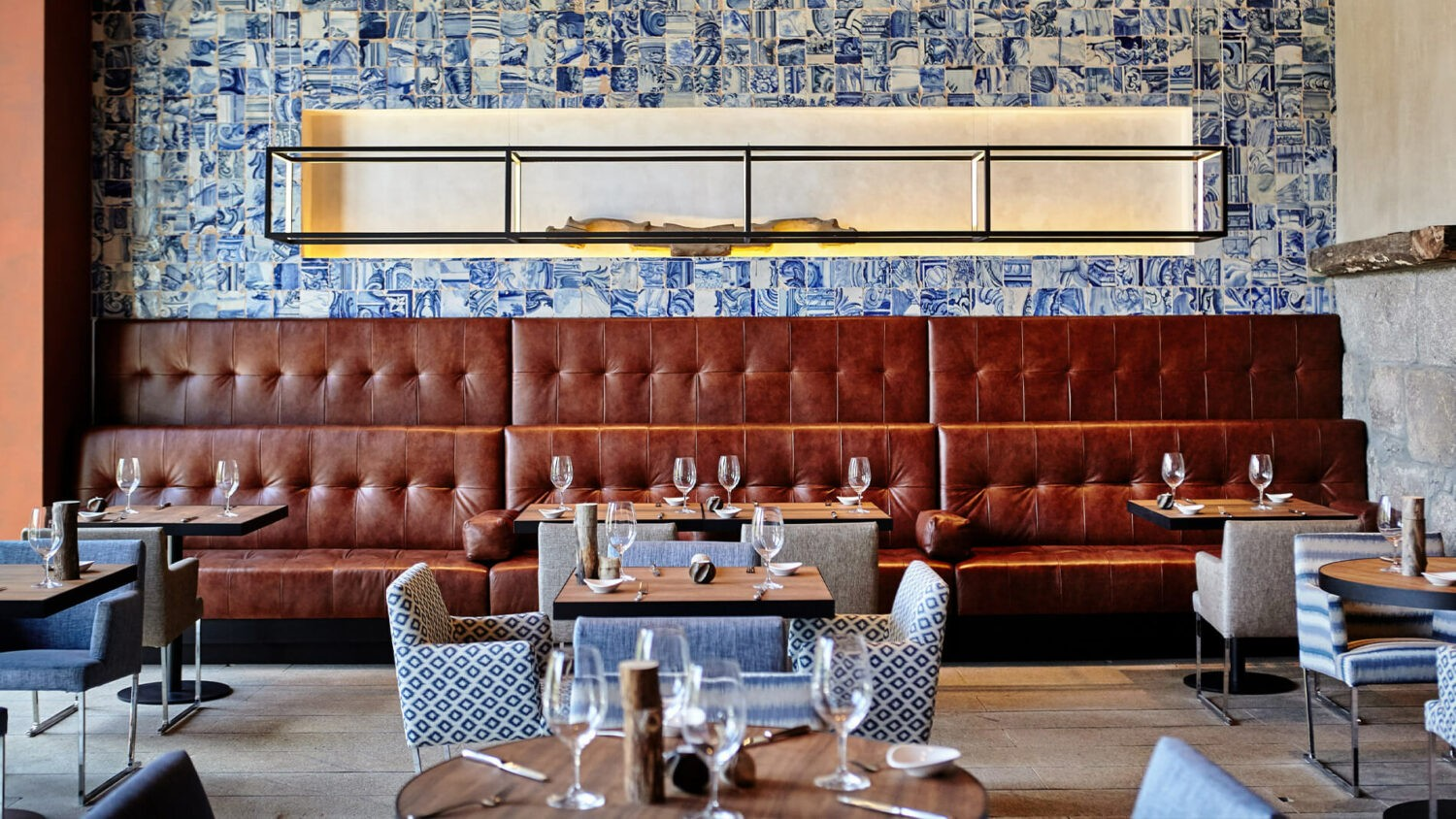 Six_Senses_Douro_Valley-Dining_room_couch