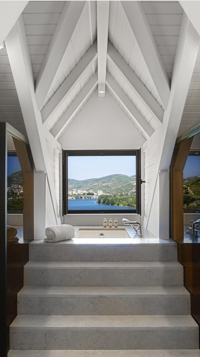 Six_Senses_Douro_Valley-Duplex_bathroom_mobile