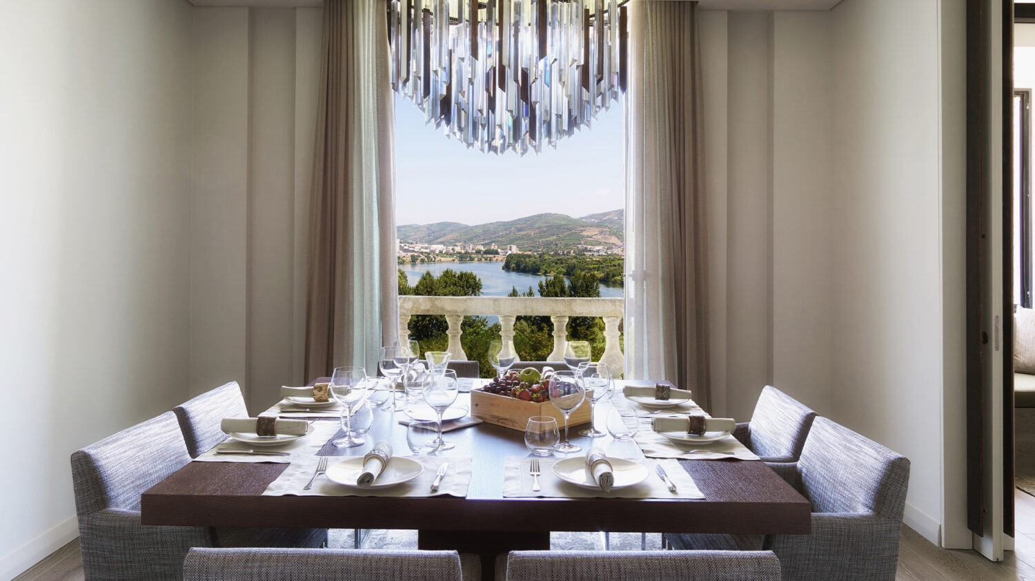 Six_Senses_Douro_Valley-Quinta_courtyard_suite_dining_room