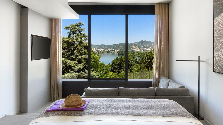 Six_Senses_Douro_Valley-Quinta_river_view