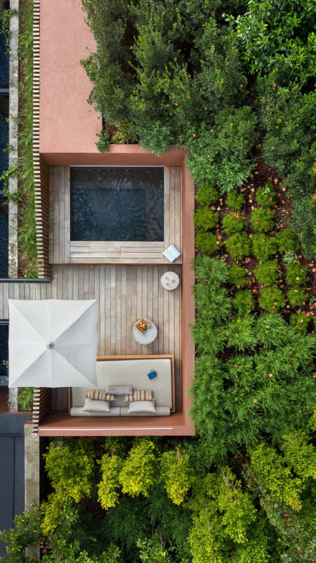 Six_Senses_Douro_Valley-Rooftop_suite_mobile