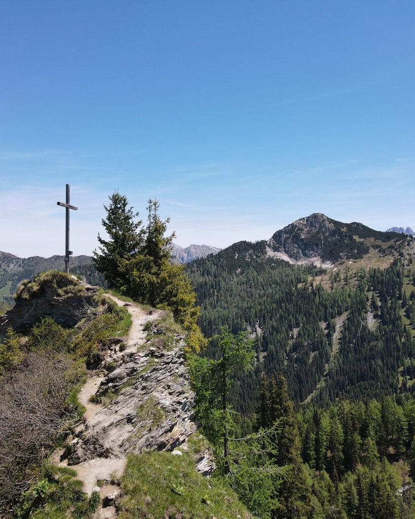 das_edelweiss_salzburg_mountain_resort_location_grossarl_hiking_1-1