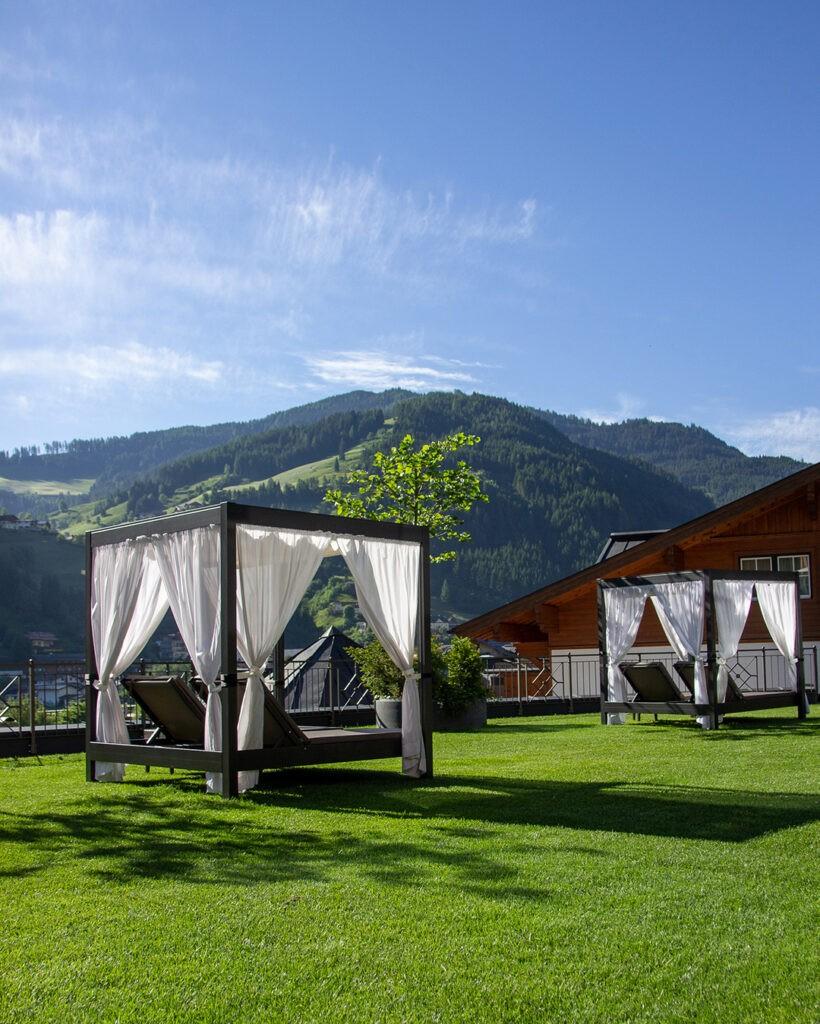 das_edelweiss_salzburg_mountain_resort_spa_outdoor_2