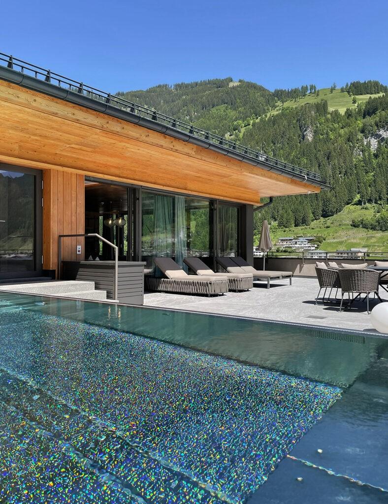 das_edelweiss_salzburg_mountain_resort_top_suite_2
