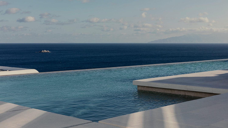 kalesma_mykonos_pool_view_ocean