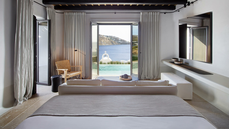 kalesma_suite_bedroom_views_ocean