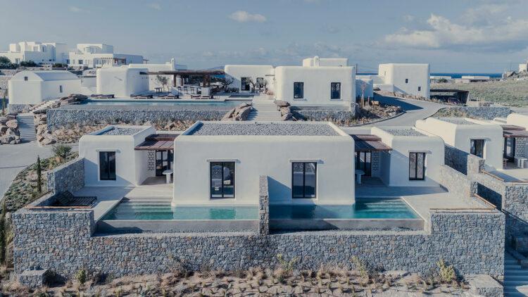 kalesma_suites_location_outdoor_pool_view