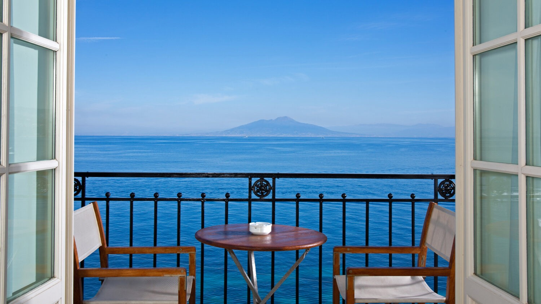 JkCapri_balcony-view