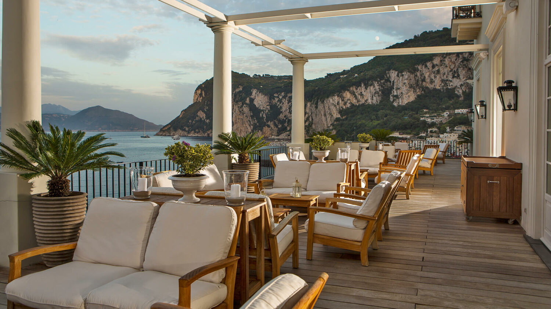 JkCapri_terrace-view