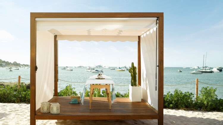 Nobu-Hotel-Ibiza-Bay_Spa-cabana