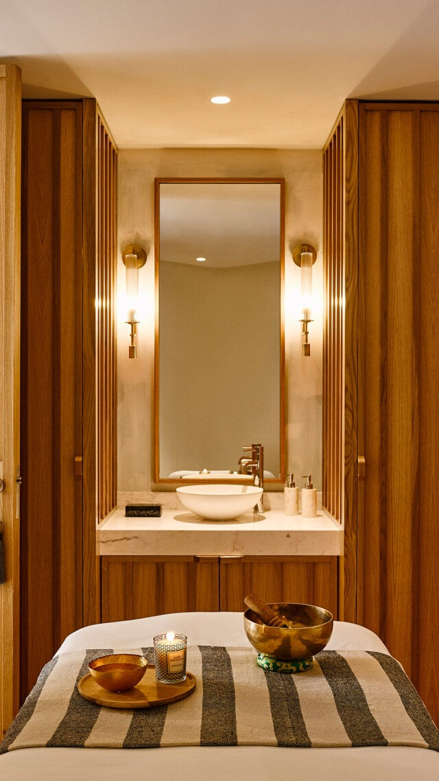 Nobu-Hotel-Ibiza-Bay_Spa-treatment-mobile