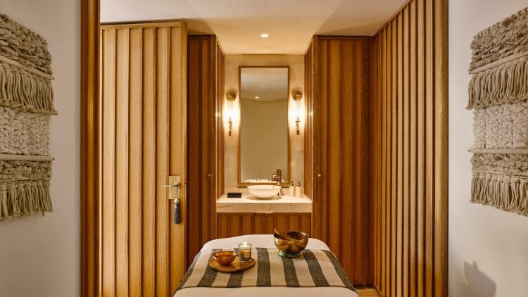 Nobu-Hotel-Ibiza-Bay_Spa-treatment-room
