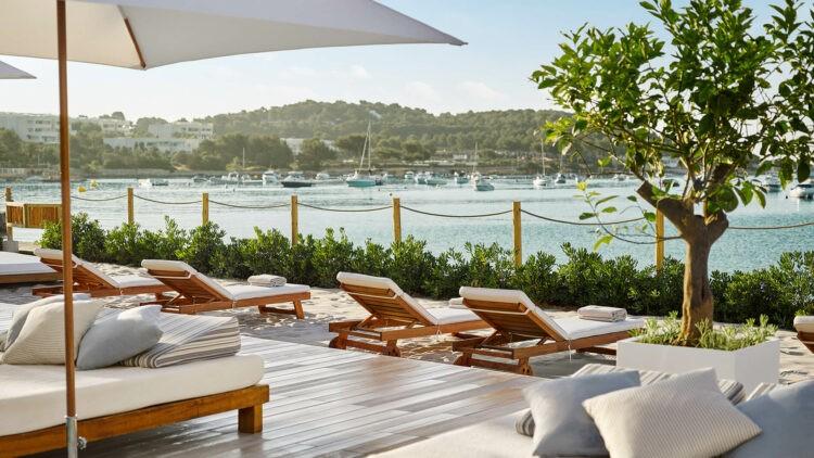Nobu-Hotel-Ibiza-Bay_Sunbeds