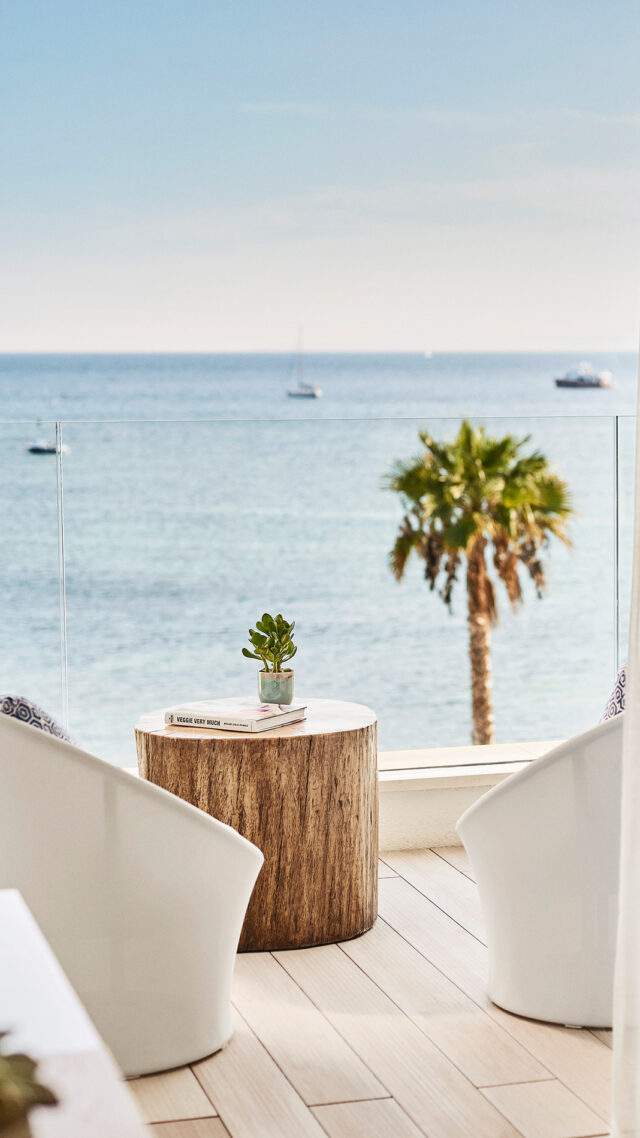 Nobu-Hotel-Ibiza-Bay_terrace-mobile