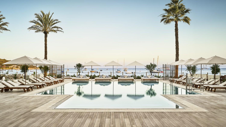 ibiza_nubu_hotel_master_shot_view_pool_view