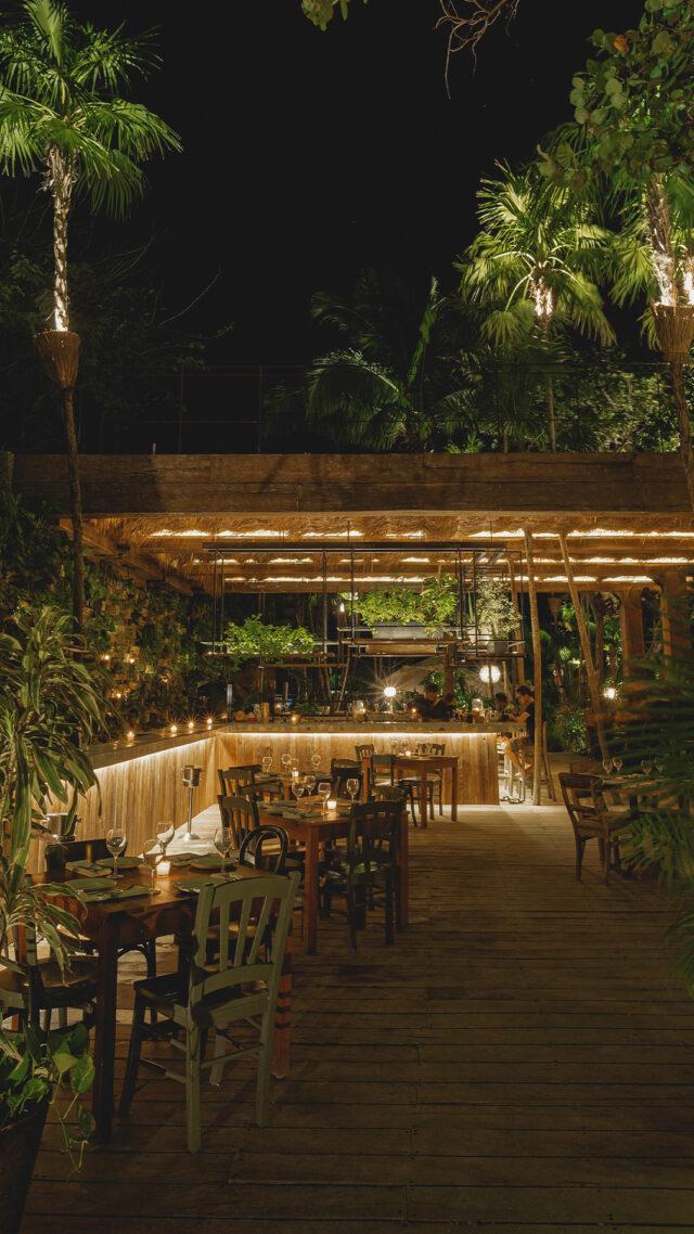La-Valise-Tulum_Itzik-restaurant-mobile