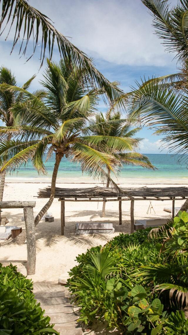 La-Valise-Tulum_beach-mobile