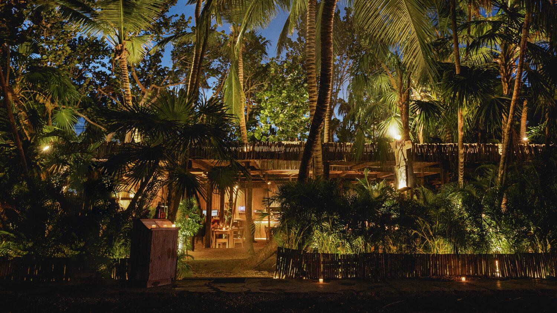 La-Valise-Tulum_restaurant-exterior