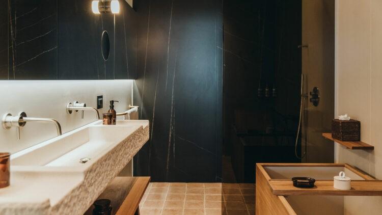 MaslinaResort_Pool-Garden-Suite-bathroom