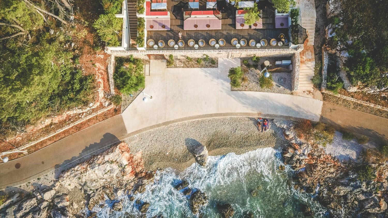 MaslinaResort_beach-bar