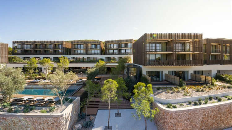 MaslinaResort_hotel-front
