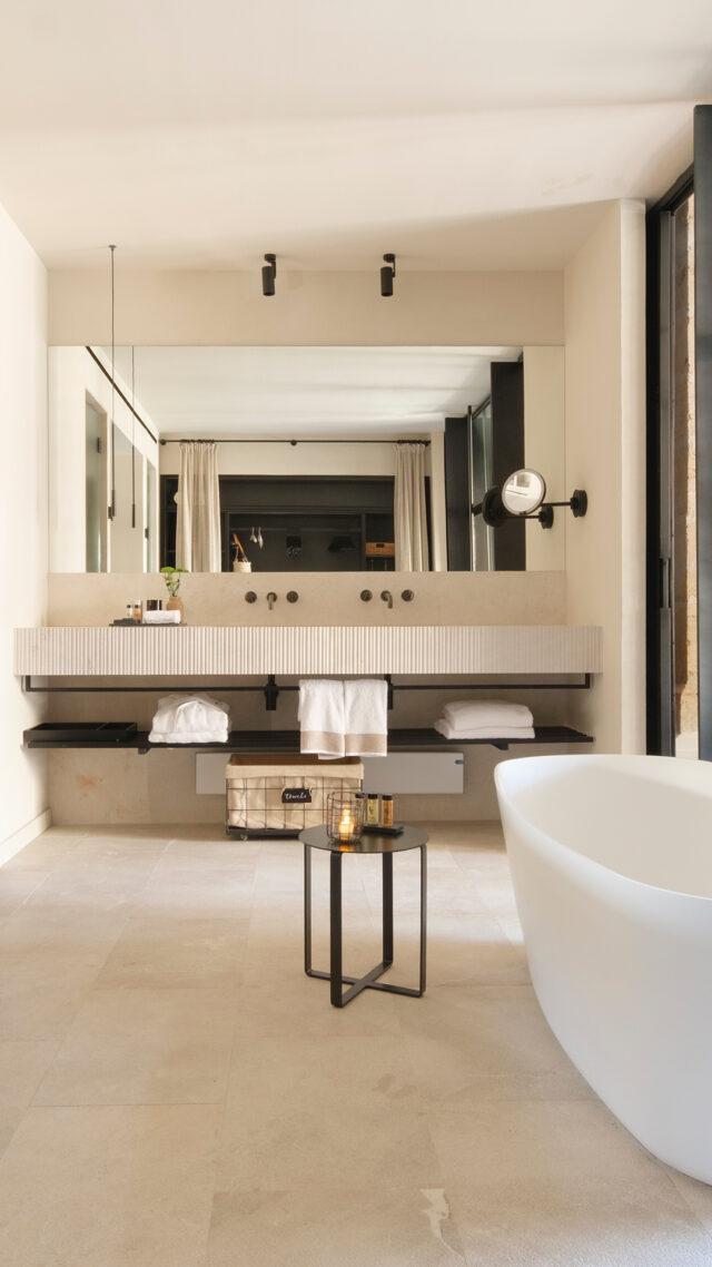 can_ferrereta_bathroom_area_mobile