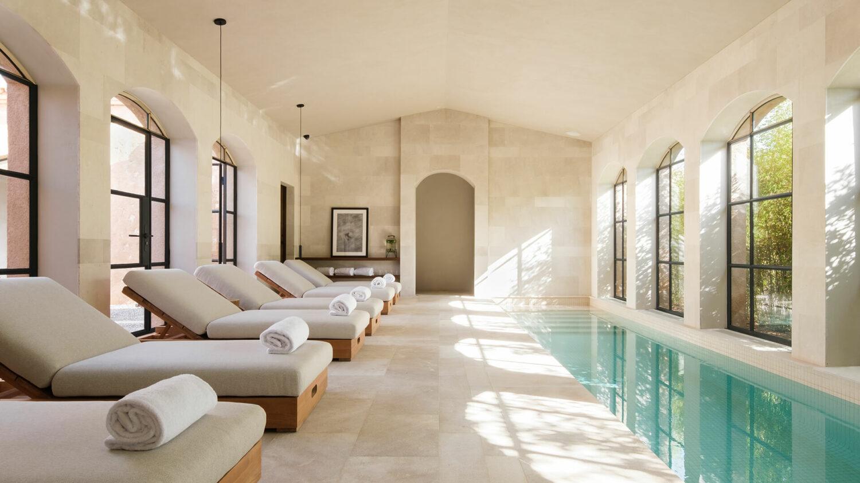 can_ferrereta_inside_pool_spa_area
